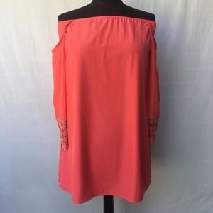 EUC Toni Melon Colored Cold shoulder Tunic SzSM
